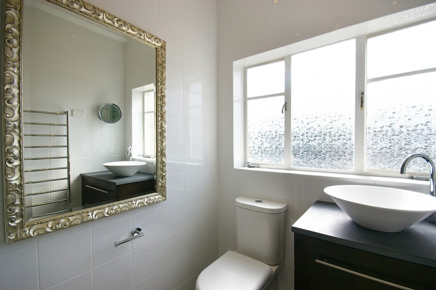 classic retro designer bathrooms sydney northern beaches