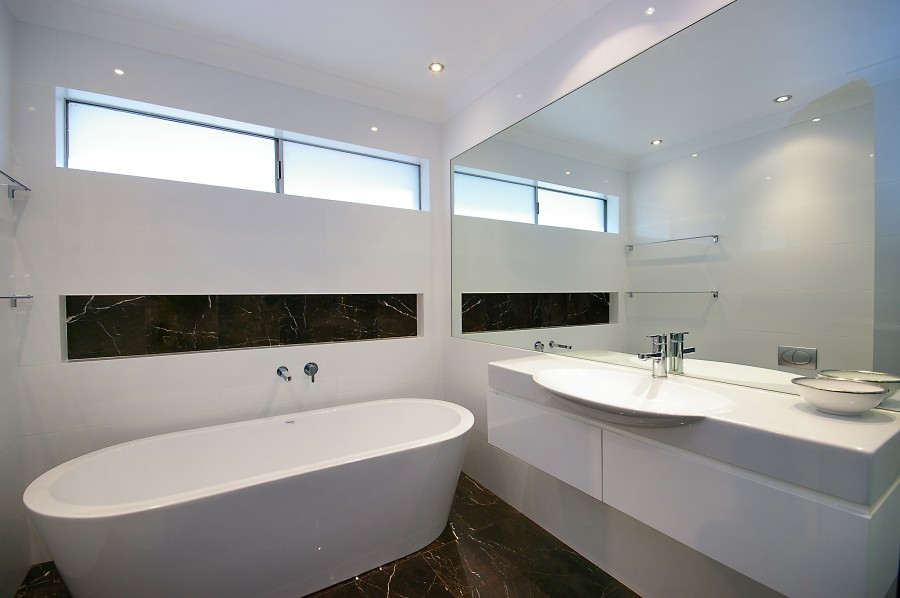 Classic retro designer bathrooms sydney northern beaches for Modern bathroom renovations
